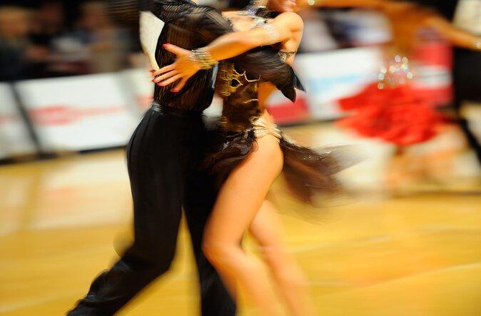 Salsa Dancing Experiences in Cali