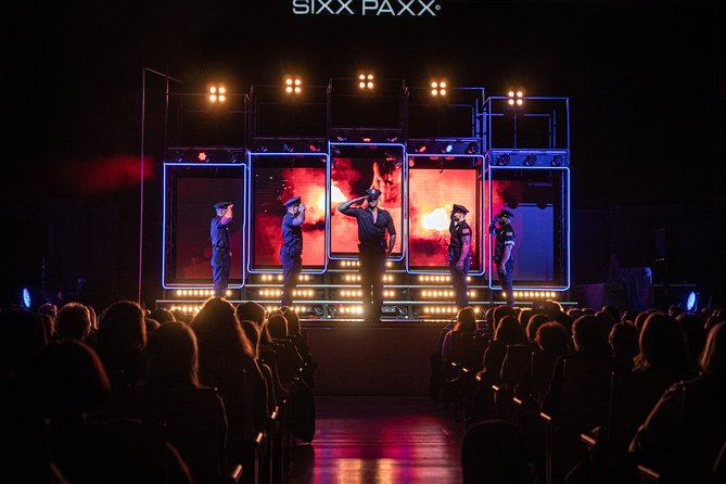 SIXX PAXX Theater Berlin Show