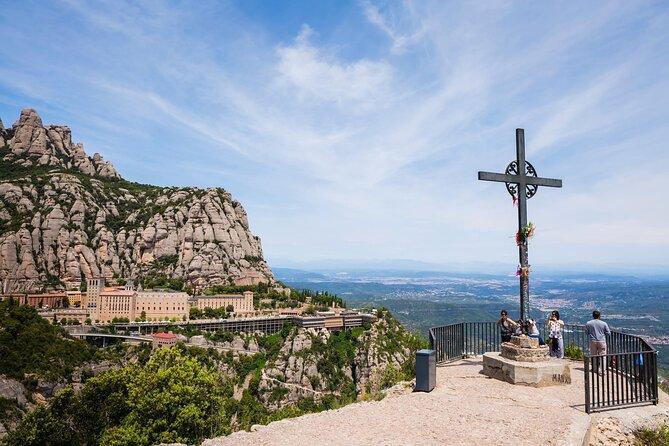 How to Choose a Montserrat Tour