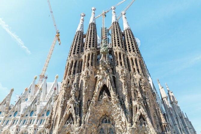 How to Choose a Sagrada Familia Tour