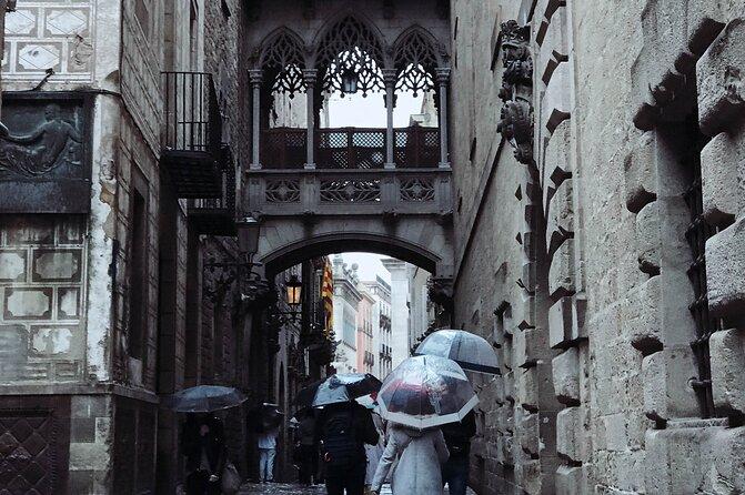 The Gothic Quarter: Magic, rituals and Architecture