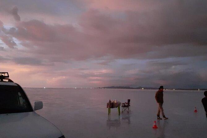 Uyuni: Starlight + Sunrise tour