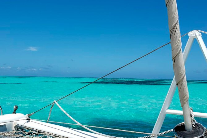 Private Half-Day Sailing Tour with Snorkeling in Ambergris