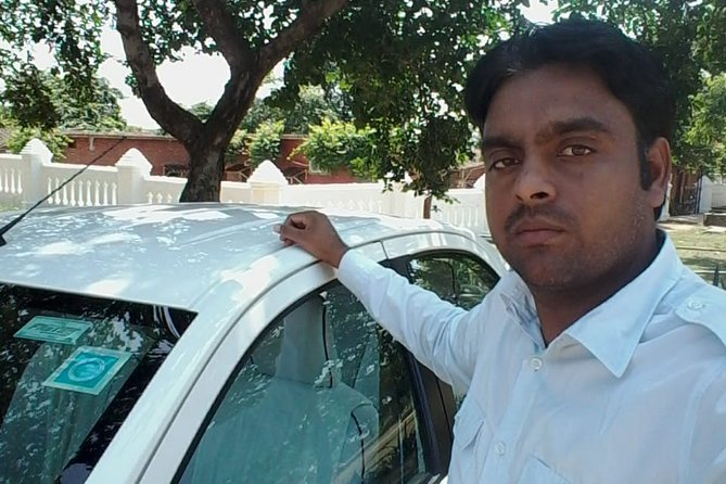 Private Transfer from Udaipur to Ranakpur City