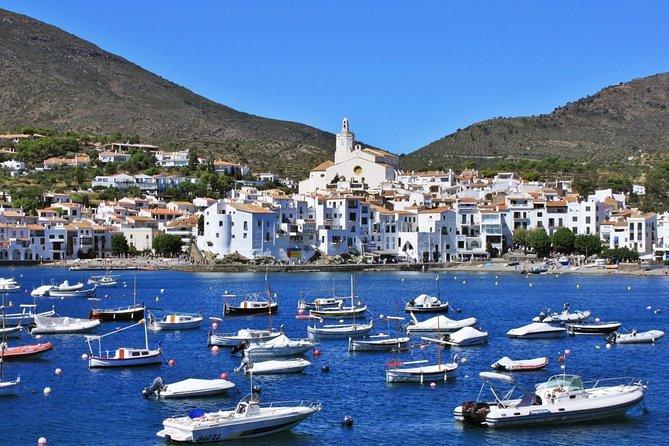 Private tour: Dali Museum, Figueres & Cadaqués Tour with Hotel pick-up