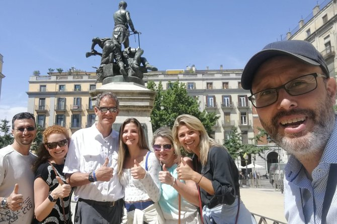Barcelona Highlights Small Group Tour with Hotel Pick Up