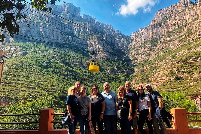 Sagrada Familia and Montserrat Small Group Tour with Hotel pick-up