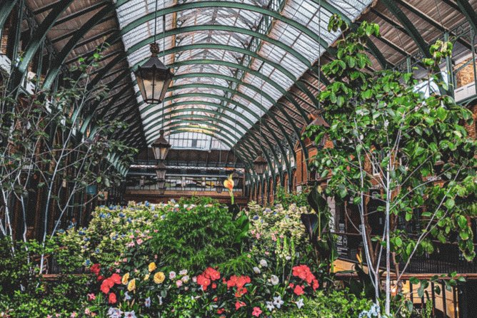 Covent Garden: Hidden gems podcast walk - guided by West-End actor and historian