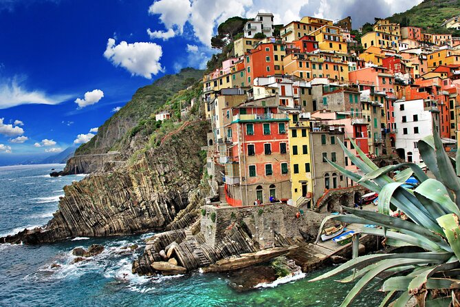 Private day trip to Cinque Terre and Pisa, from Florence