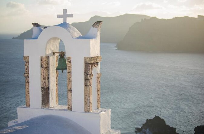 How to Spend 2 Days in Santorini