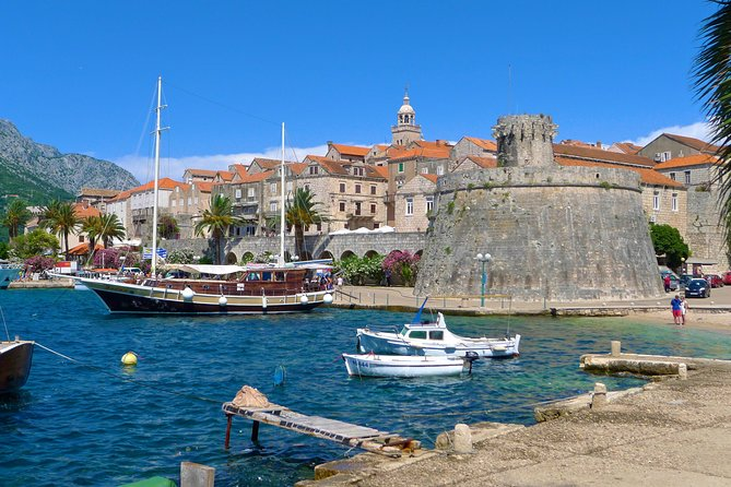 Small-Group Full-Day Tour around Ston and Korčula