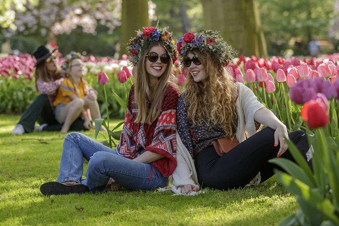 Rotterdam & Keukenhof Tulip Gardens | Coronaproof Private Tour | Max 6 travelers