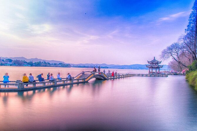 Private Flexible Hangzhou Layover Tour in Your Way