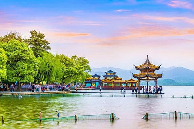 Private Amazing Hangzhou Airport Layover Tour with Lunch or Dinner Option