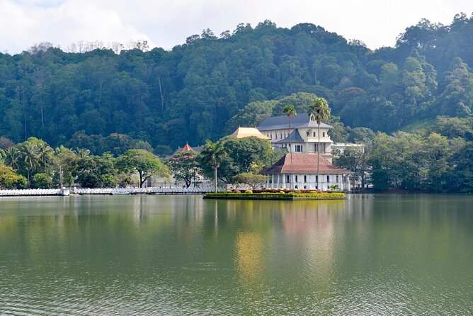 How to Spend 2 Days in Kandy
