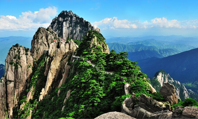How to Spend 1 Day in Huangshan