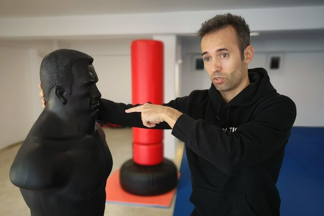 Take a Greek style self-defense class