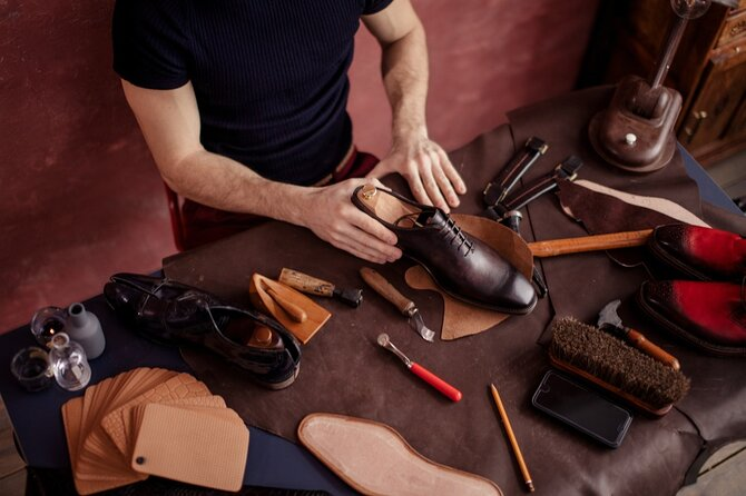 Sensory Experience with a local Shoemaker in Pesaro