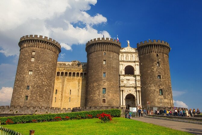 Departure Private Transfers : Naples City to Naples Airport NAP in Business Car
