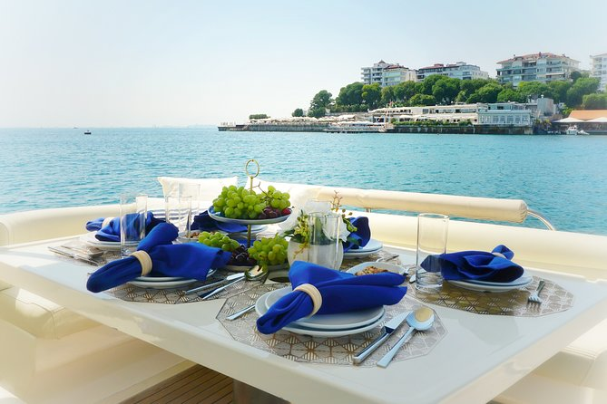Private Yacht Cruise with Turkish Breakfast - 2 Hours