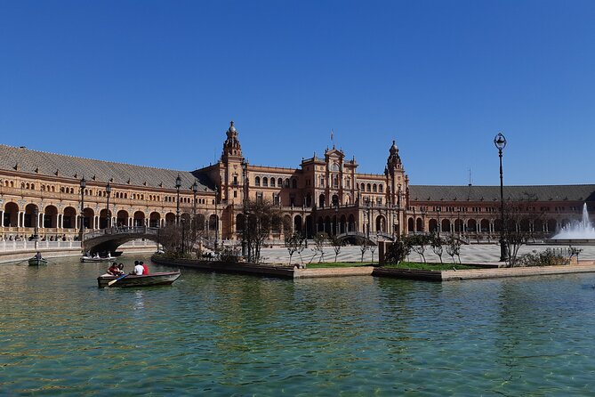 Monumental Seville - History and Legends