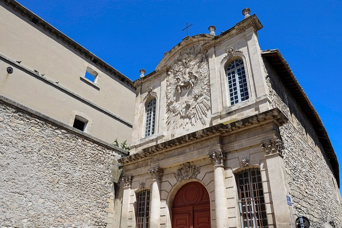 Extraordinary Avignon - a private walking tour of the city to reveal its secrets