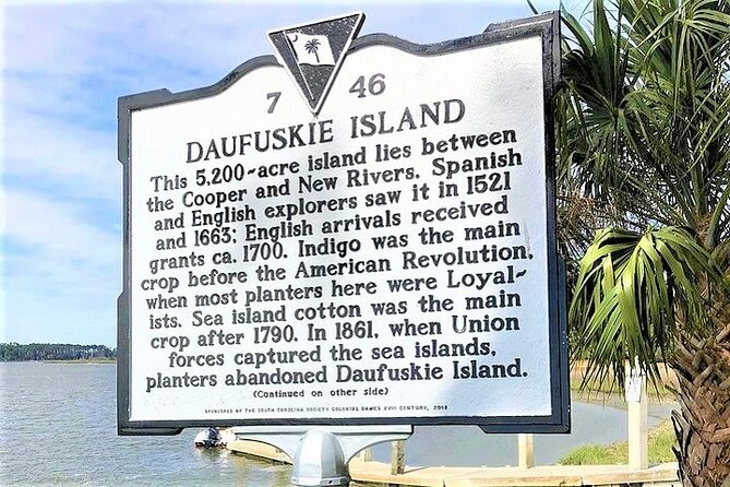 Daufuskie Island Guided History Tour from Hilton Head with Ferry Transportation