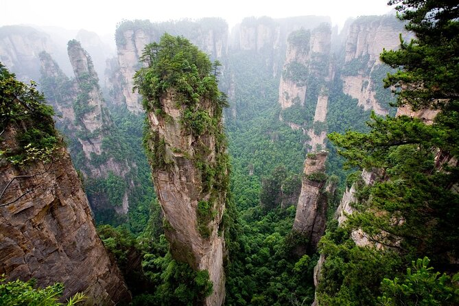 2-day Zhangjiajie National Forest Park & Glass Bridge Tour