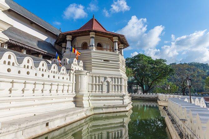 Kandy City Tour from Sigiriya