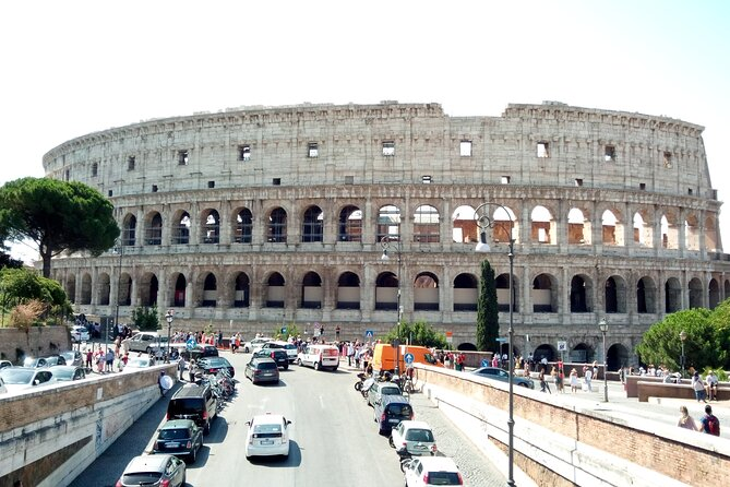 Transfer Fiumicino Fco Airport to Civitavecchia Port with 3 hours Rome Tour
