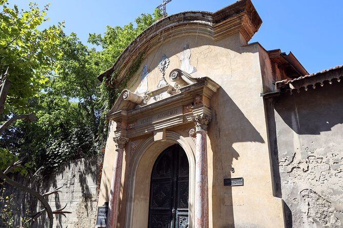 Extraordinary Avignon A Private Walking Tour Of The City To Reveal Its Secrets Marriott