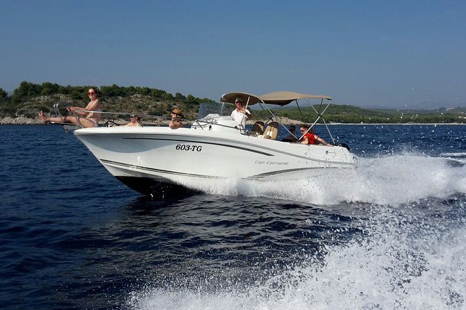 Speedboat Blue Lagoon and Trogir tour from Split