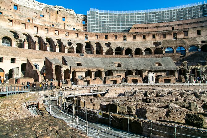 Skip-the-Line Tour of Rome Colosseum, Forums & Palatine Hill with Local Guide
