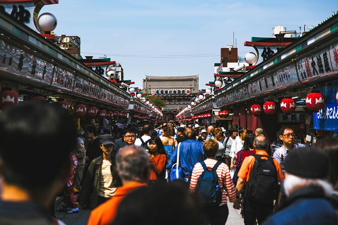 Sightseeing on a Budget in Tokyo
