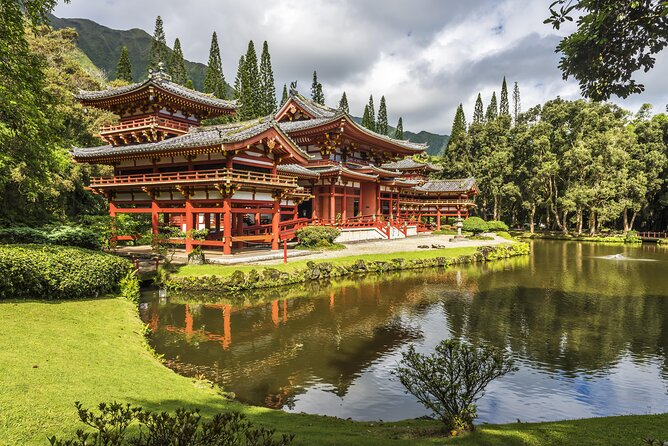 How to Get Off the Beaten Path on Oahu