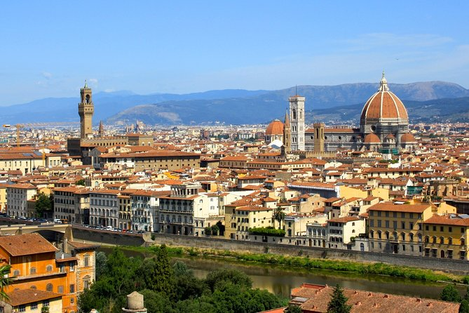 Florence-not only Highlights-History overlooking Piazzale Michelangelo - Small Group