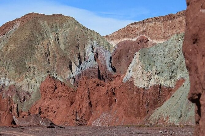 Rainbow Valley Tour in Atacama