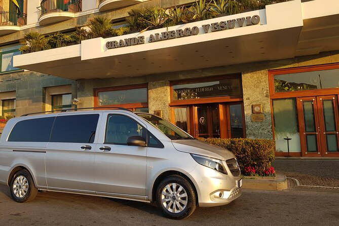 Transfer from Naples area to Sorrento area from 4 to 6 passengers