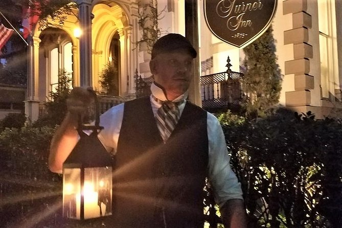 Savannah History & Haunts Candlelit Walking Ghost Tour