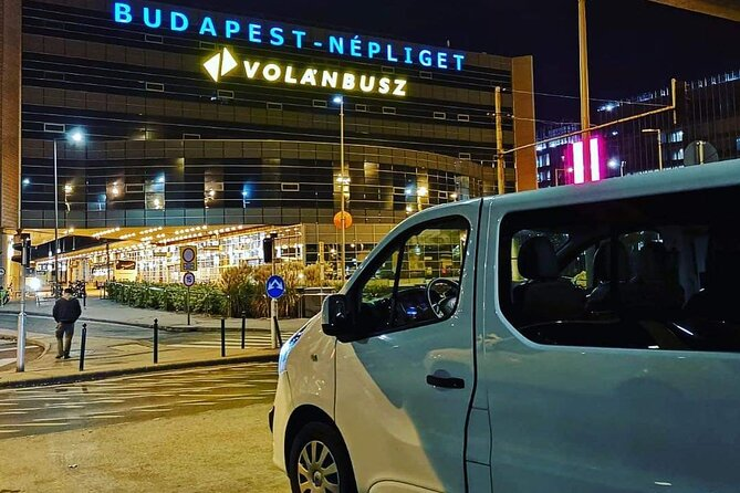 Budapest or Budapest Airport Private Transfer