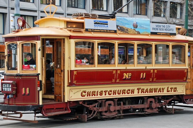 Christchurch Airport Transfers : Airport CHC to Christchurch in Business Car