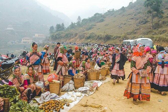 Can Cau Market full day tour from Sapa