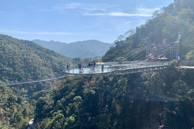 Private Day Tour to Gulong Canyon and Chuantian Rock Cave from Guangzhou