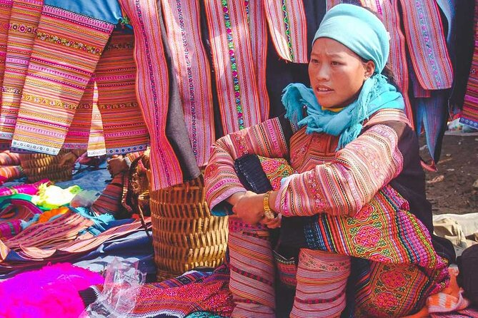 Cao Son Market full day tour from Sapa