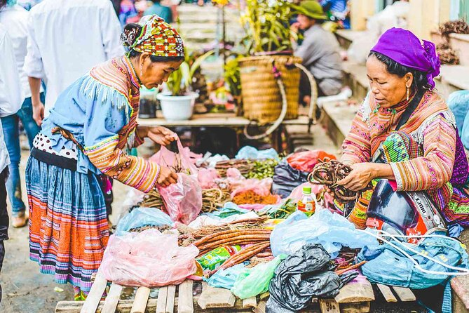 Coc Ly Market full day tour from Sapa