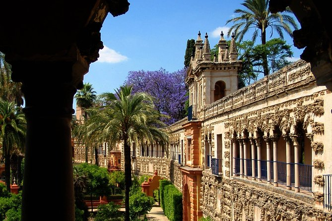 Private Alcazar, Giralda and Cathedral of Seville Tour