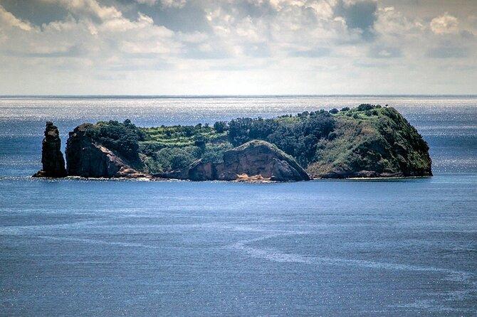 Islet of Vila Franca do Campo Reserve Tour