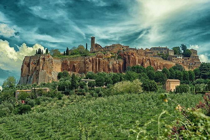 Transfer Florence to/from Rome optional Orvieto Stop