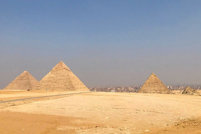 Full Day Private Tour to Giza Pyramids, Memphis and Sakkara Pyramids with lunch