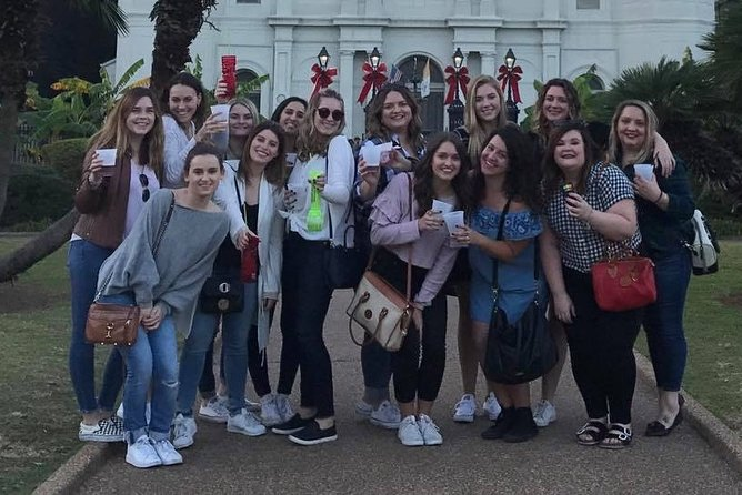 New Orleans Jingle Bells Walking Tour